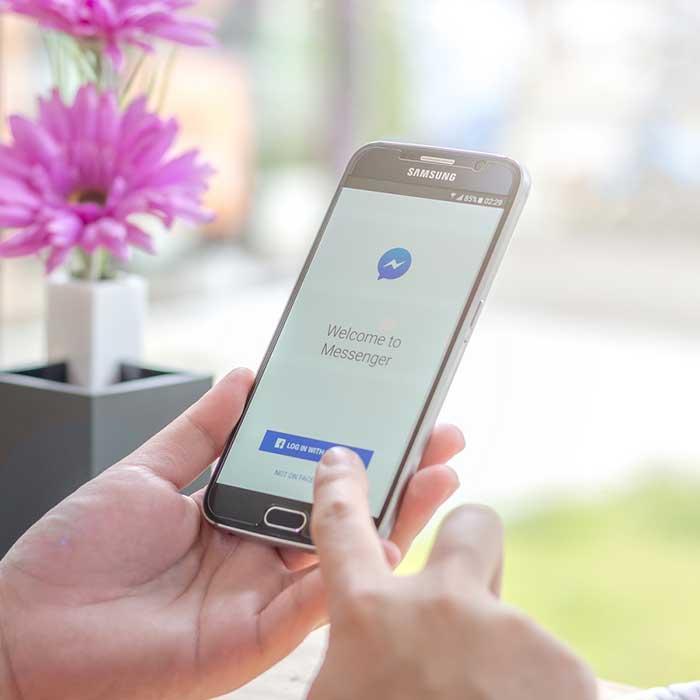 Pirater les discussions instantanéesGrâce à l'application mSpy, vous recevez un rapport détaillé de toutes les conversations effectuées par la personne que vous surveillez. Vous pourrez voir message facebook de quelqu'un et les profils des correspondants. Il est également possible de suivre les conversations cryptées de Messenger. En effet, l'application a développé une extension privée qui permet de garder privées certaines conversations que l'utilisateur ne veut pas dévoiler.